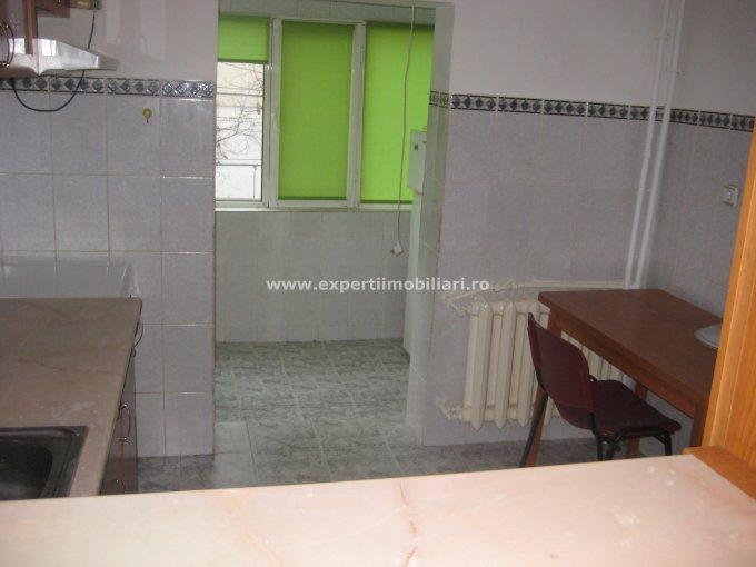 vanzare apartament decomandat, zona Faleza Nord, orasul Constanta, suprafata utila 55 mp