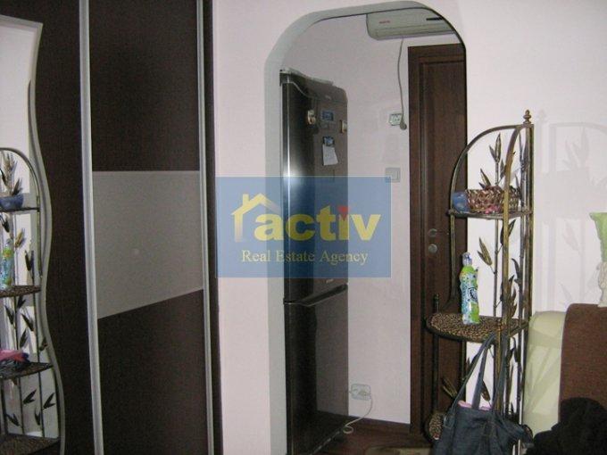 vanzare duplex cu 2 camere, decomandat, in zona Tomis 3, orasul Constanta