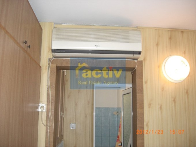 agentie imobiliara vand apartament decomandat, in zona Tomis 3, orasul Constanta