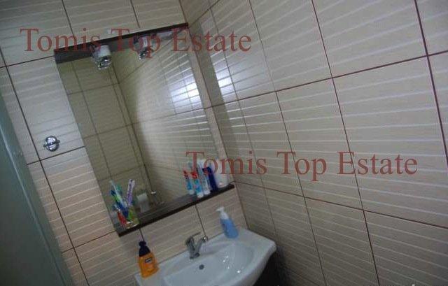 vanzare apartament cu 2 camere, decomandat, in zona Stadion, orasul Constanta