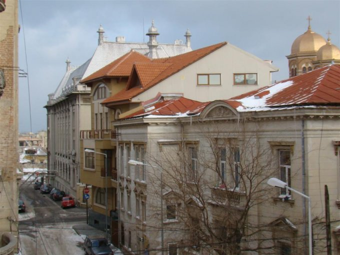 Apartament cu 2 camere de vanzare, confort Lux, zona Cazino,  Constanta