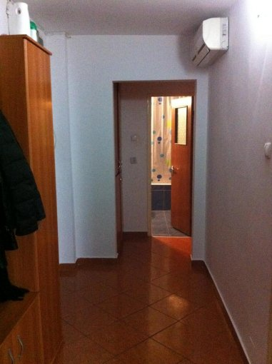 vanzare apartament decomandat, zona Dacia, orasul Constanta, suprafata utila 61 mp