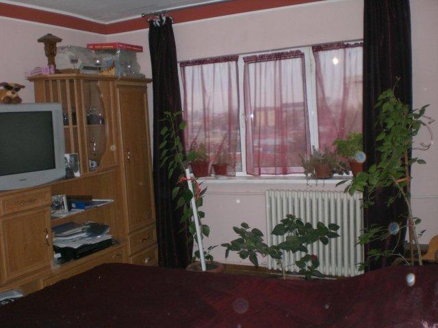 inchiriere apartament cu 2 camere, decomandat, in zona Inel 1, orasul Constanta