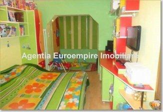 vanzare apartament decomandat, zona Far, orasul Constanta, suprafata utila 61 mp