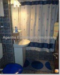 Apartament cu 2 camere de vanzare, confort Redus, zona Far,  Constanta