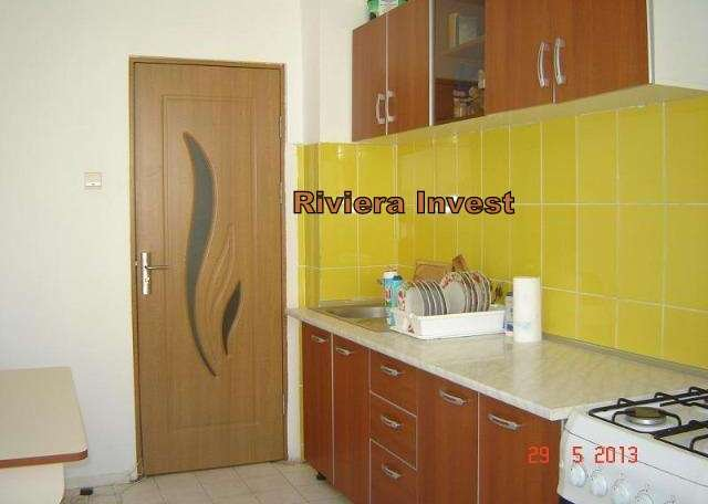 Apartament cu 3 camere de vanzare, confort 1, Constanta