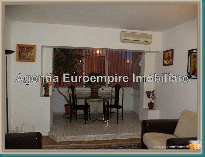 Apartament inchiriere Constanta 3 camere, suprafata utila 70 mp, 2 grupuri sanitare. 500 euro. Etajul 2 / 8. Apartament Centru Constanta