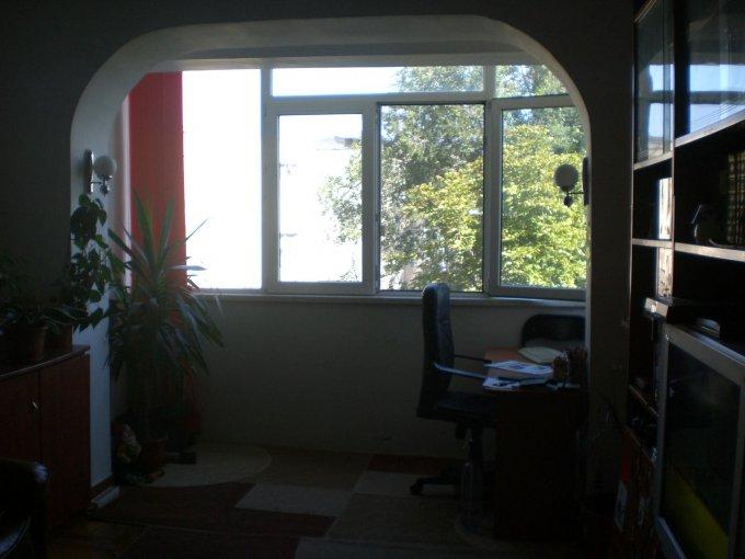 Apartament de vanzare direct de la agentie imobiliara, in Constanta, in zona Tomis Nord, cu 55.000 euro negociabil. 1  balcon, 1 grup sanitar, suprafata utila 60 mp.