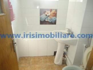 Apartament cu 3 camere de inchiriat, confort 1, zona Centru,  Constanta
