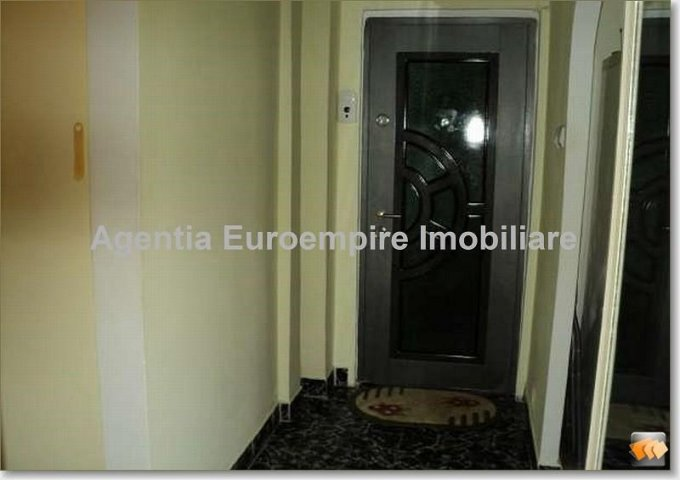 vanzare apartament decomandat, zona Tomis Nord, orasul Constanta, suprafata utila 70 mp
