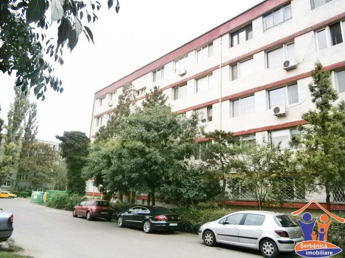 Apartament cu 3 camere de vanzare, confort 1, zona Centru,  Constanta