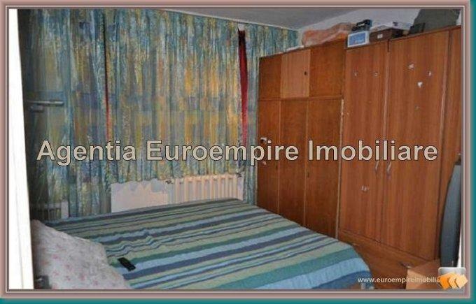 Apartament cu 3 camere de vanzare, confort 1, zona Tomis 2,  Constanta