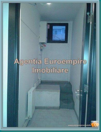Apartament cu 3 camere de vanzare, confort 1, zona Tomis Mall,  Constanta