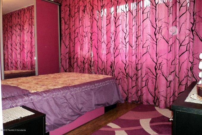 Constanta, zona Compozitorilor, apartament cu 3 camere de vanzare