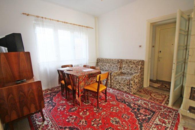 Apartament cu 3 camere de vanzare, confort 1, zona Ultracentral,  Constanta