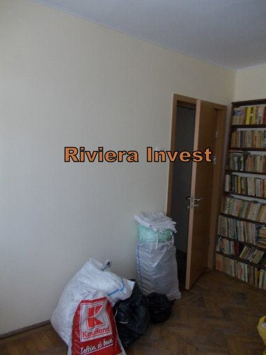 Apartament cu 3 camere de vanzare, confort 1, zona Faleza Nord,  Constanta