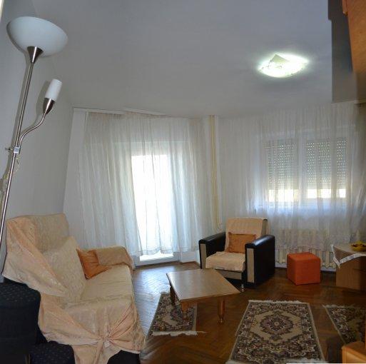 Apartament inchiriere Constanta 3 camere, suprafata utila 73.5 mp, 2 grupuri sanitare, 2  balcoane. 300 euro negociabil. Etajul 5. Destinatie: Rezidenta, Birou, Vacanta. Apartament Spitalul Militar Constanta