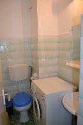 proprietar inchiriez apartament decomandat, in zona Spitalul Militar, orasul Constanta