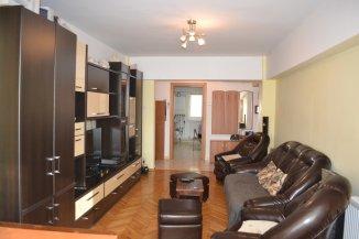agentie imobiliara vand apartament decomandat, in zona Tomis 1, orasul Constanta