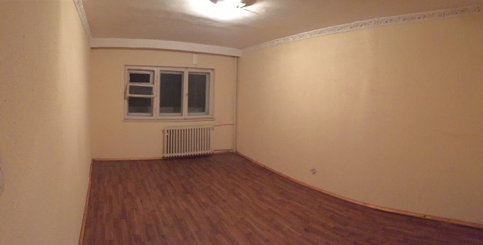 Apartament vanzare Constanta 3 camere, suprafata utila 80 mp, 2 grupuri sanitare, 1  balcon. 78.000 euro. La Parter / 4. Destinatie: Comercial. Apartament Victoria Constanta