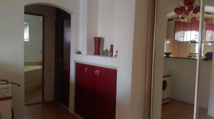 Apartament inchiriere Constanta 3 camere, suprafata utila 54.6 mp, 1 grup sanitar, 1  balcon. 290 euro negociabil. Etajul 4 / 4. Destinatie: Rezidenta. Apartament Capitol Constanta