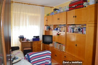 proprietar vand apartament semidecomandat, in zona Inel 2, orasul Constanta