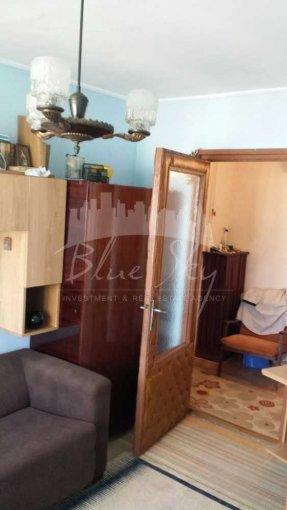 vanzare Apartament Constanta cu 3 camere, cu 1 grup sanitar, suprafata utila 70 mp. Pret: 57.500 euro negociabil.