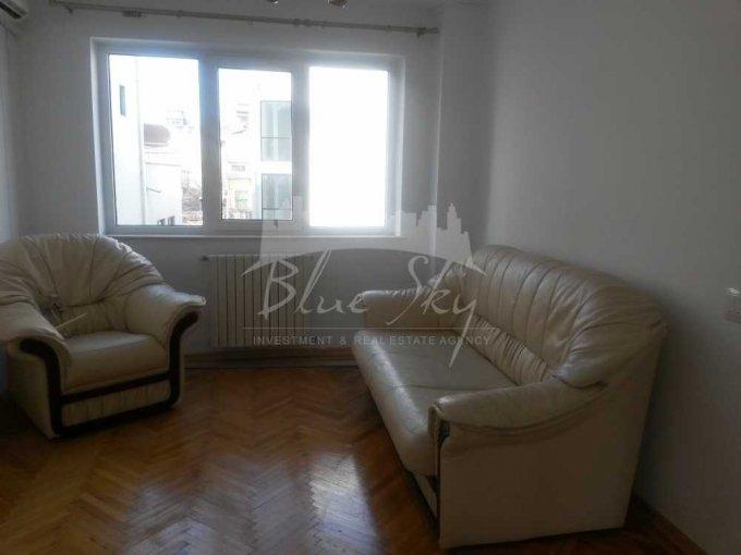 Apartament inchiriere Centru cu 3 camere, etajul 1, 1 grup sanitar, cu suprafata de 70 mp. Constanta, zona Centru.