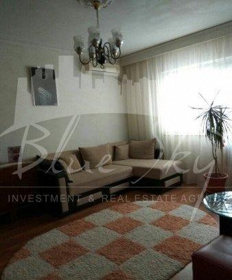 Apartament vanzare Inel 1 cu 3 camere, etajul 2, 1 grup sanitar, cu suprafata de 62 mp. Constanta, zona Inel 1.