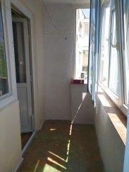 Apartament cu 3 camere de vanzare, confort 1, zona Ciresica,  Constanta