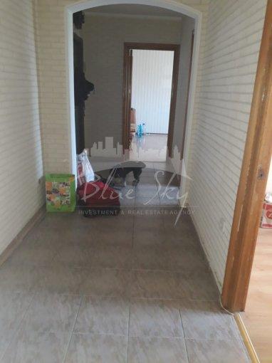 Apartament de vanzare direct de la agentie imobiliara, in Constanta, in zona Km 4-5, cu 69.500 euro negociabil. 1 grup sanitar, suprafata utila 67 mp.