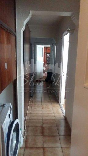 Apartament de vanzare direct de la agentie imobiliara, in Constanta, in zona Km 4-5, cu 71.000 euro negociabil. 1 grup sanitar, suprafata utila 73 mp.