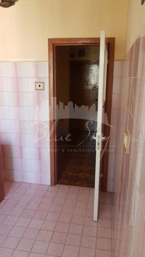 Apartament de vanzare in Constanta cu 3 camere, cu 1 grup sanitar, suprafata utila 60 mp. Pret: 54.000 euro negociabil.