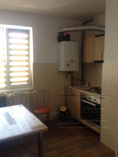 Apartament inchiriere Constanta 3 camere, suprafata utila 70 mp, 1 grup sanitar, 1  balcon. 350 euro. Etajul 2 / 10. Destinatie: Rezidenta. Apartament Centru Constanta