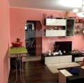 vanzare apartament cu 3 camere, semidecomandat, in zona Poarta 6, orasul Constanta