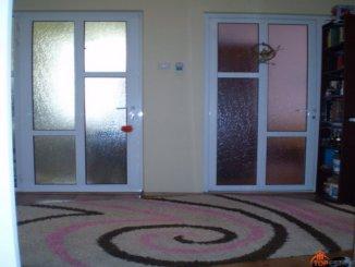 proprietar vand apartament decomandat, in zona Ultracentral, orasul Constanta