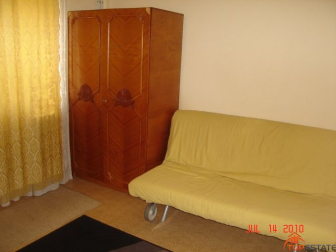 inchiriere apartament cu 3 camere, decomandata, in zona Tomis 3, orasul Constanta