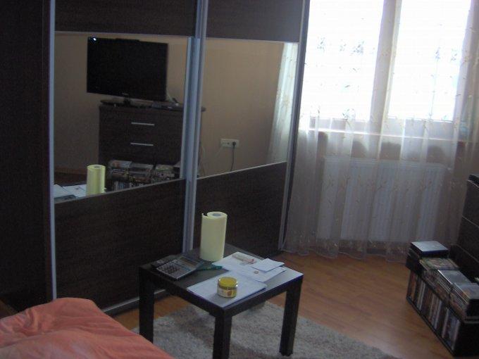Apartament cu 3 camere de vanzare, confort 1, zona Trocadero,  Constanta