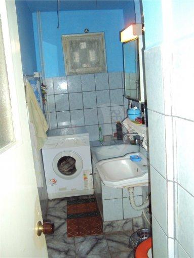 Constanta, zona Casa de Cultura, apartament cu 3 camere de inchiriat, Mobilata clasic