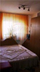 vanzare apartament cu 3 camere, semidecomandata, in zona Inel 1, orasul Constanta