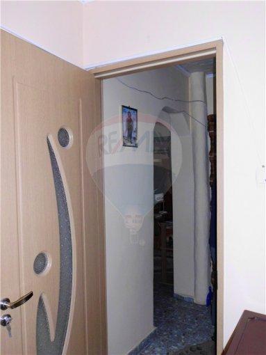 Constanta Murfatlar Basarabi, zona Central, apartament cu 3 camere de vanzare