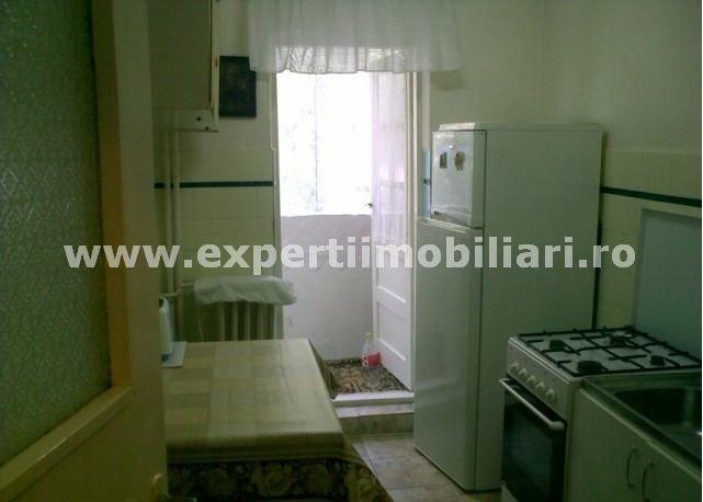 vanzare apartament semidecomandat, zona Tomis Nord, orasul Constanta, suprafata utila 56 mp