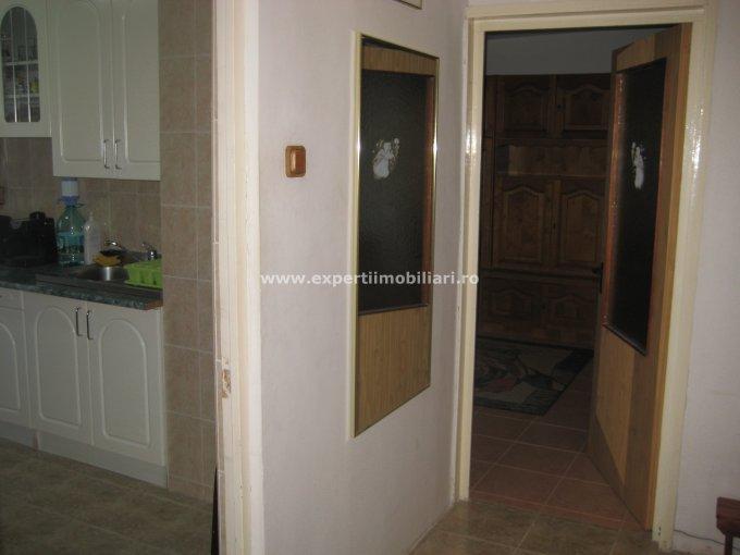vanzare apartament decomandat, zona Tomis Nord, orasul Constanta, suprafata utila 62 mp
