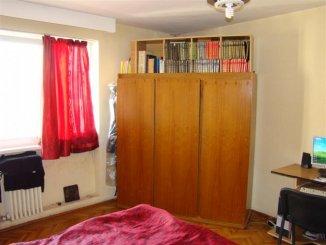 Apartament cu 3 camere de vanzare, confort 1, zona Cazino,  Constanta