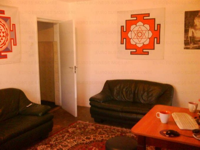 vanzare apartament semidecomandat, zona Inel 2, orasul Constanta, suprafata utila 48 mp