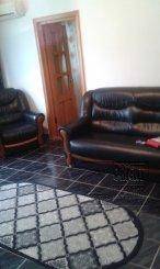 de inchiriat apartament cu 3 camere semidecomandat,  confort 2 in constanta