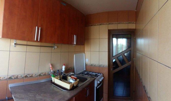 Apartament de vanzare direct de la agentie imobiliara, in Constanta, in zona Tomis Nord, cu 62.000 euro negociabil. 1  balcon, 1 grup sanitar, suprafata utila 48 mp.