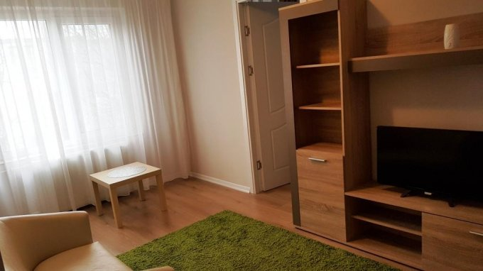 Apartament de vanzare direct de la proprietar, in Constanta, in zona Brotacei, cu 60.000 euro. 1 grup sanitar, suprafata utila 40 mp.