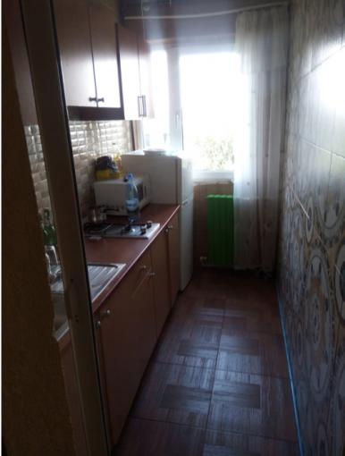 Apartament de vanzare direct de la agentie imobiliara, in Constanta, cu 61.000 euro. 1  balcon, 1 grup sanitar, suprafata utila 50 mp.