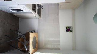 Apartament cu 3 camere de vanzare, confort 2, zona Brotacei, Constanta